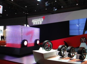 KUMHO-TIRE-LED-Cube-(2015)-04