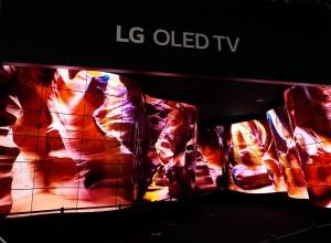 LG OLED MEDIA ART WALL 001
